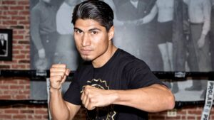 Mikey Garcia Still Aiming For Manny Pacquiao - boxen247.com