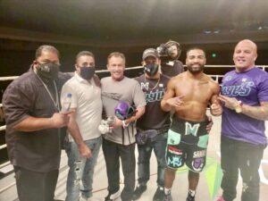 Mark Reyes Jr. TKO's Carlos Mohamed Rodriguez in Biloxi | boxen247.com