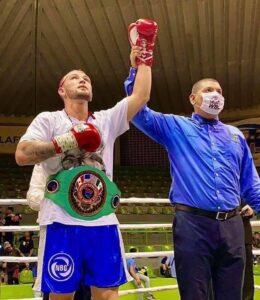 Undefeated Santiago Dominguez New NABF Welterweight Champion   boxen247.com