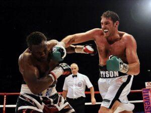 Derek Chisora Want's Tyson Fury If He Beats Oleksandr Usyk   boxen247.com