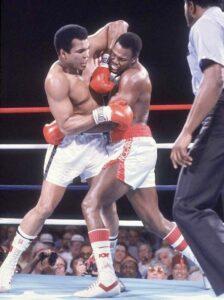 Muhammad Ali vs Larry Holmes Video | boxen247.com