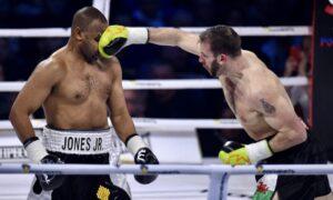 Roy Jones Jr. vs Enzo Maccarinelli    Boxen247.com.com