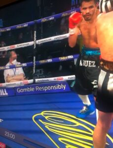 Judge Terry O'Connor on Phone Whilst Scoring Fight   boxen247.com