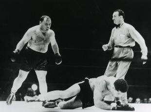Joe Louis vs Tony Galento | Boxen247.com