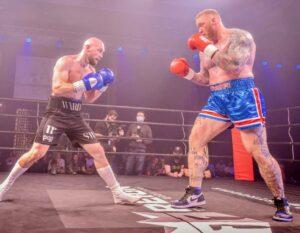 "Hafthor ""The Mountain"" Bjornsson vs. Steven Ward Fight Tonight   Boxen247.com"