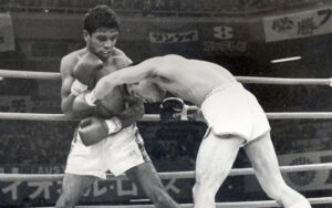 """On This Day: Lionel Rose Defeated Masahiko """"Fighting"""" Harada 1968   Boxen247.com"""