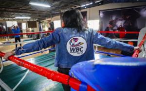 Jackie Nava Presented With WBC Swarovski Championship Jacket   Boxen247.com