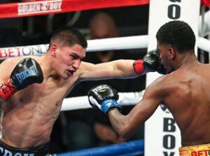 Sensational Vergil Ortiz Stops Maurice Hooker in Seven Rounds   Boxen247.com