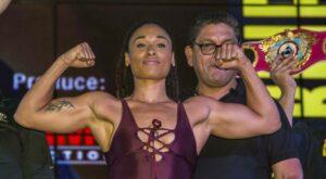 Hanna Gabriels Wins WBC Heavyweight & WBA Light Heavyweight Titles | Boxen247.com