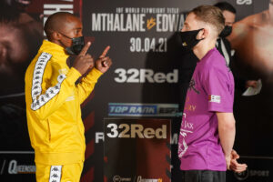 Moruti Mthalane vs. Sunny Edwards Weights From London | Boxen247.com