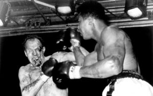 On This Day: Muhammad Ali Defeated Henry Cooper Again In 1966 | Boxen247.com