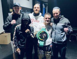Hekkie Budler Defeats Jonathan Almacen in South Africa   Boxen247.com