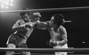 On This Day: Carlos Palomino Defeated Armando Muñiz In 1983 | Boxen247.com