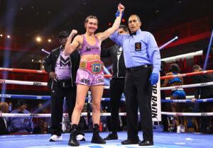 Mikaela Mayer retains WBO world title against Erica Farias   Boxen247.com