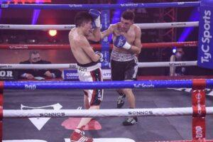 Ayrton Gimenez defeats Alan Luques Castillo in Argentina   Boxen247.com