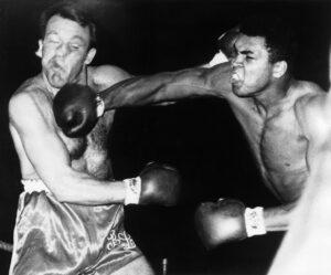 British heavyweight boxer Brian London, dies at 87 - R.I.P   Boxen247.com (Kristian von Sponneck)