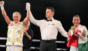 Dina Thorslund reacts after becoming two-weight world champion   Boxen247.com (Kristian von Sponneck)