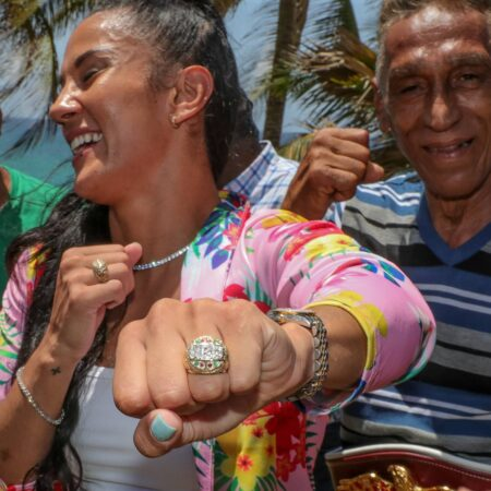 Amanda Serrano receives diamond ring during emotional activity | Boxen247.com (Kristian von Sponneck)