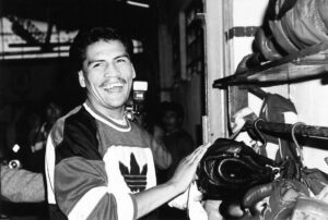 """On this day: Mexican Raul """"Jibaro"""" Perez defended his world title   Boxen247.com (Kristian von Sponneck)"""
