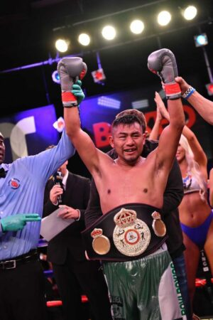 Cesar Juarez defeats Dennis Contreras for WBA Fedecentro title in Florida   Boxen247.com (Kristian von Sponneck)