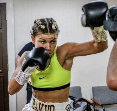 Kirstie Bavington: I'm going to put on a show   Boxen247.com (Kristian von Sponneck)