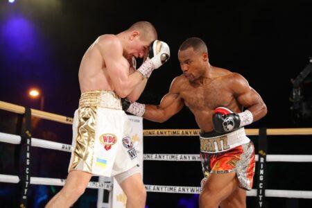 I hinga a Serhii Bohachuk i a Raphael Igbokwe me nga hua i Montebello, USA | Boxen247.com (Kristian von Sponneck)