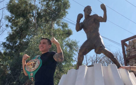 Statue of WBC champion  Oscar Valdez unveiled in Nogales, Sonora   Boxen247.com (Kristian von Sponneck)