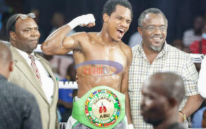 Hassan Mwakinyo defeats Julius Indongo in Dar-Es-Salaam, Tanzania   Boxen247.com (Kristian von Sponneck)