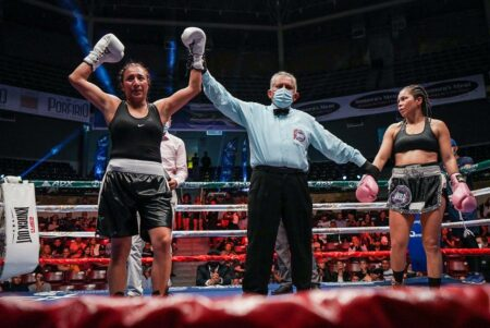 Karla Ramos 在墨西哥阿瓜斯卡連特斯擊敗 Liliana Palmera | Boxen247.com(克里斯蒂安·馮·斯波內克)