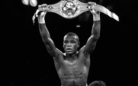 On this day: Floyd Mayweather retained his world title in Las Vegas   Boxen247.com (Kristian von Sponneck)