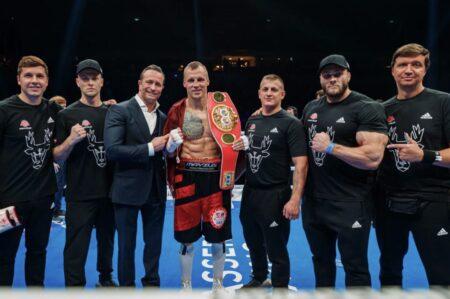 IBF Cruiserweight Champion Mairis Briedis destroys Artur Mann in Latvia | Boxen247.com (Kristian von Sponneck)
